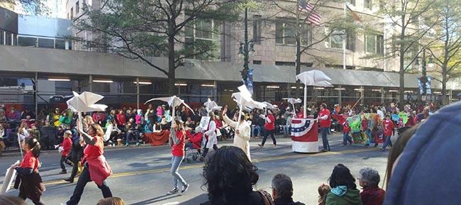 03-thanksgiving-parade-2015